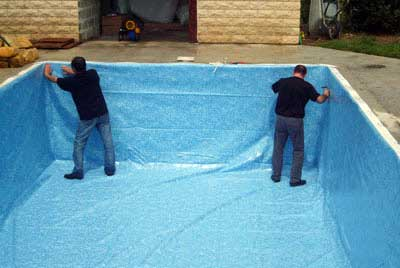 Les diff rents syst mes d 39 tanch it de piscine for Peinture pour liner piscine