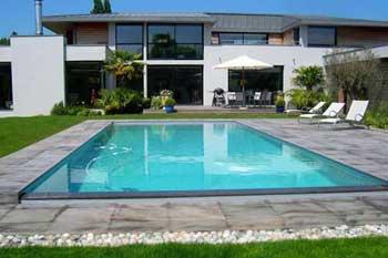 Quel est le prix d 39 une piscine et des conseils pour for Prix piscine creusee