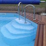 Choisir son escalier de piscine for Escalier piscine amovible