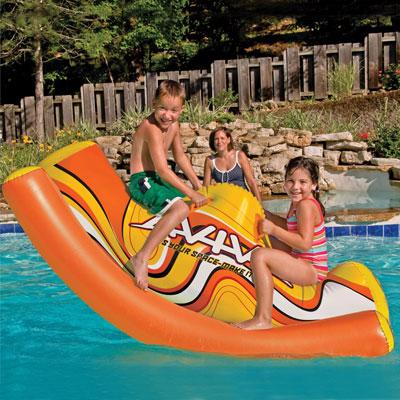 16 id es de jouets de piscine pour les enfants - Reparer piscine gonflable ...