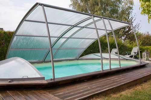 Abri pour piscine hors sol lequel choisir - Estrade pour piscine hors sol ...