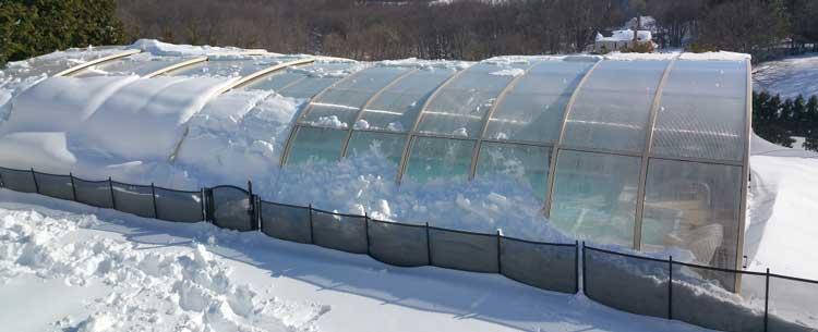 piscine abri aluminium neige