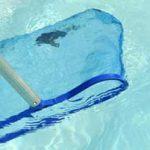 Quelle épuisette de piscine choisir ?