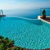 Belle piscine debordement