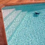 Pourquoi et Comment entretenir un liner de piscine ?