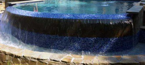 debordement-lame-eau-piscine