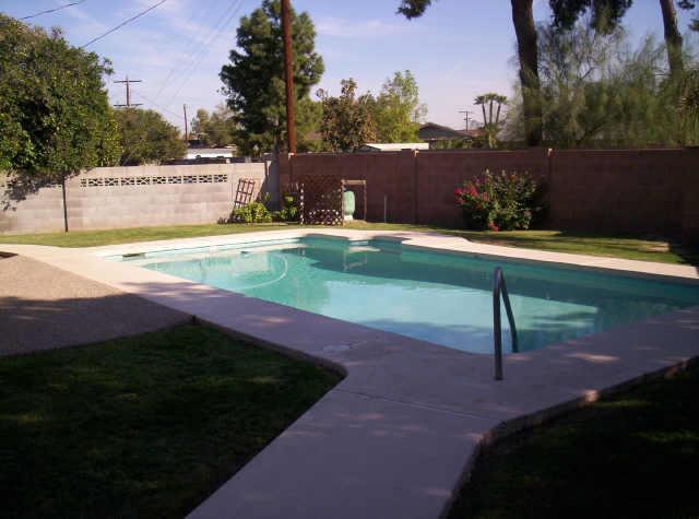 piscine-phoenix1960s2