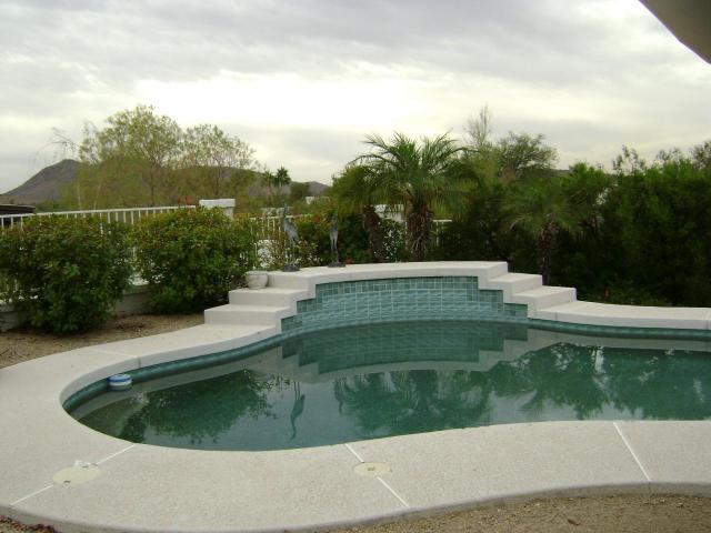 piscine-phoenix1983
