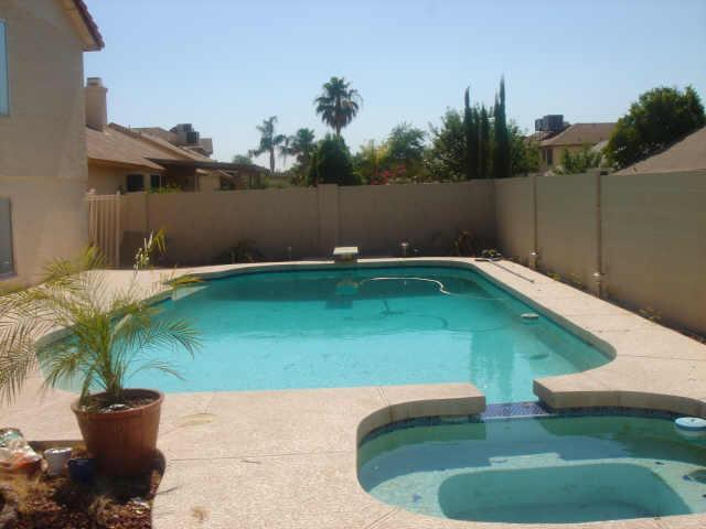 Evolution design piscines phoenix arizona usa ann es 1980 for Image piscine design