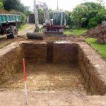 Terrassement piscine : Comment réussir ce premier jalon de la construction ?