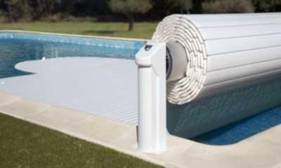 Hivernage piscine avec volet comment proc der for Chauffage piscine avec volet