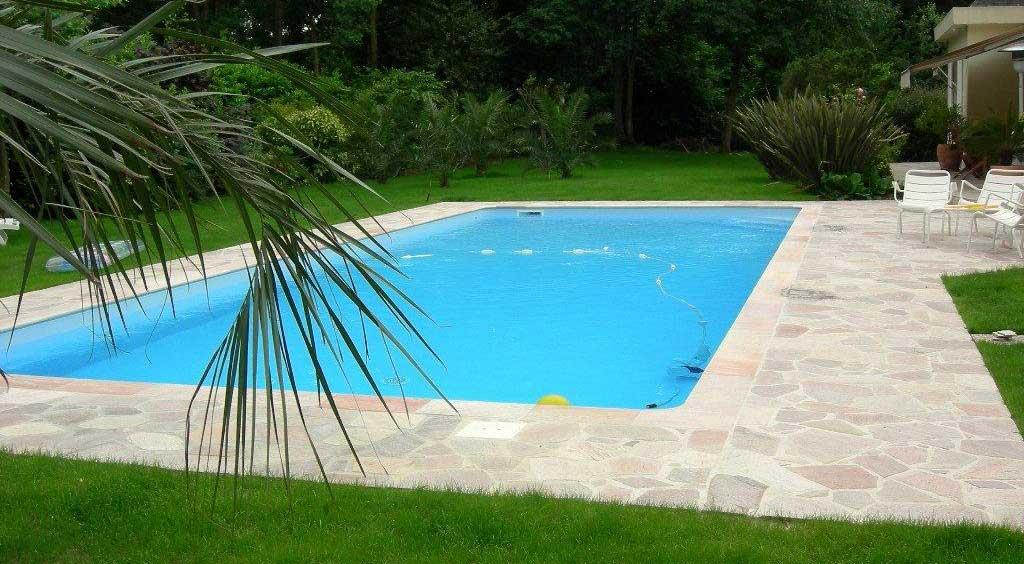 plage-piscine-pierre
