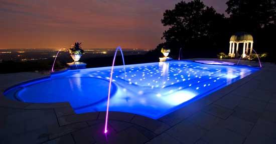 Eclairage-piscine-nuit
