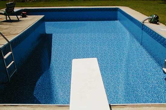 Pose liner piscine ce qu 39 il faut faire le jour j for Liner rectangulaire