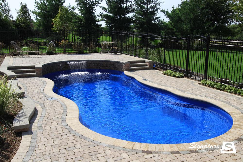 piscine-coque-arrondie2