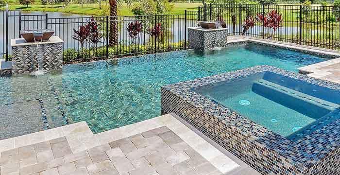 P te de verre et piscine font ils bon m nage - Colle pour mosaique piscine ...