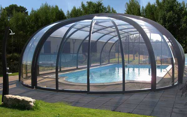 abri piscine dome