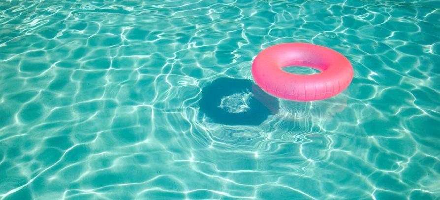 piscine et d marches administratives comment se baigner tranquillement cet t. Black Bedroom Furniture Sets. Home Design Ideas