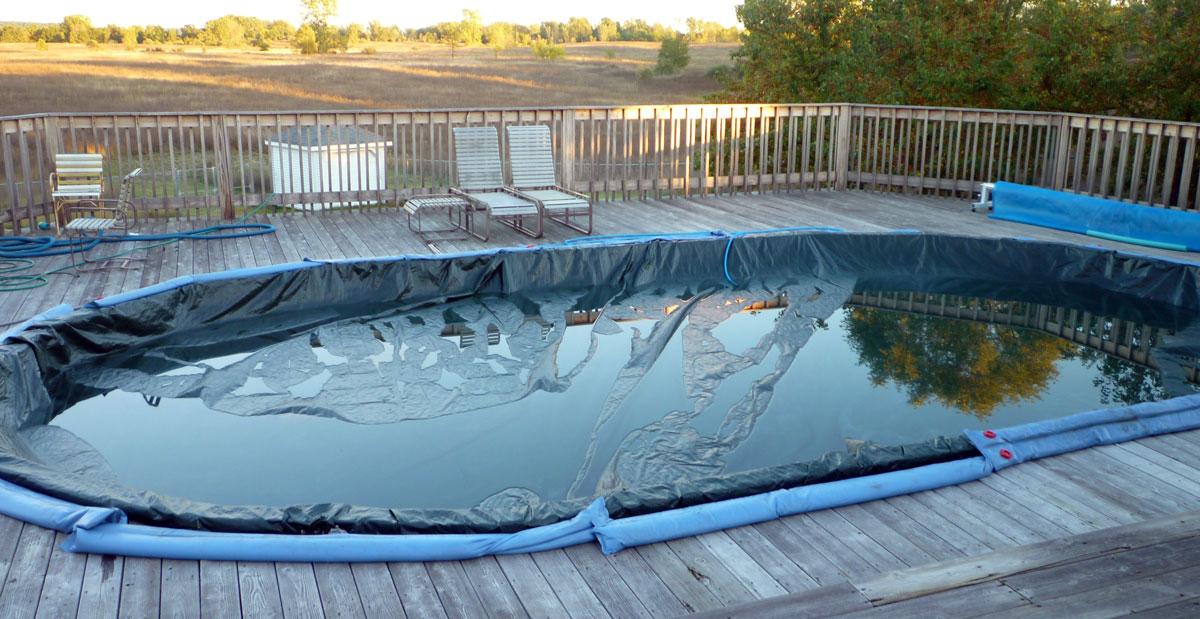 piscine eau couverture